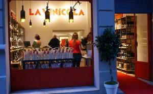 vinicola bar vin boutique barcelone vitrine