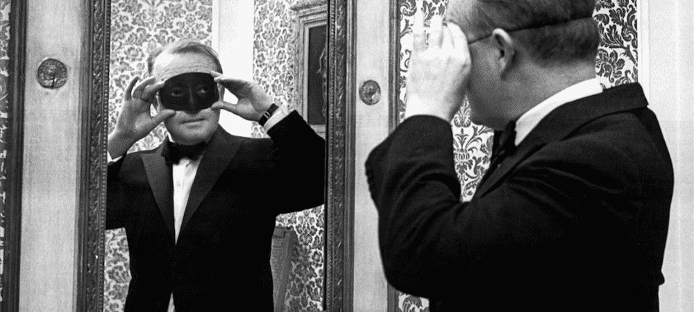 Nouvel an à l Hôtel Pullman - Sous le masque de Truman Capote - Equinox 8eb596d9ee73b