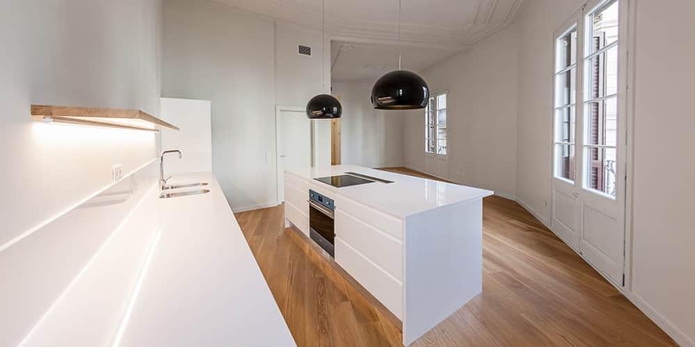IMMO – Superbe appartement rénové en location Plaça Catalunya