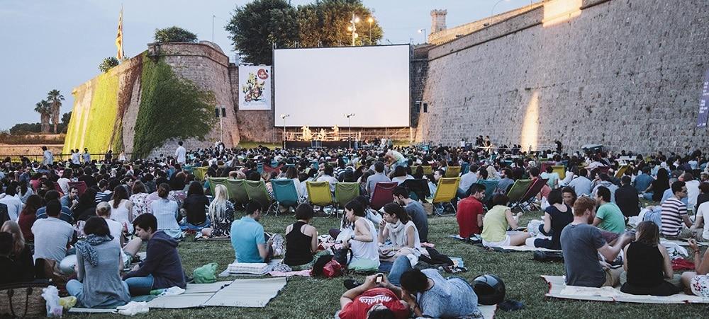Où voir des films en plein air à Barcelone?