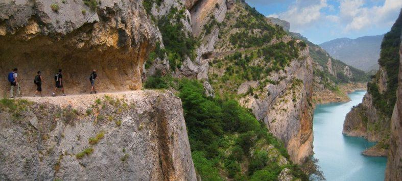 pyrenees catalogne portada