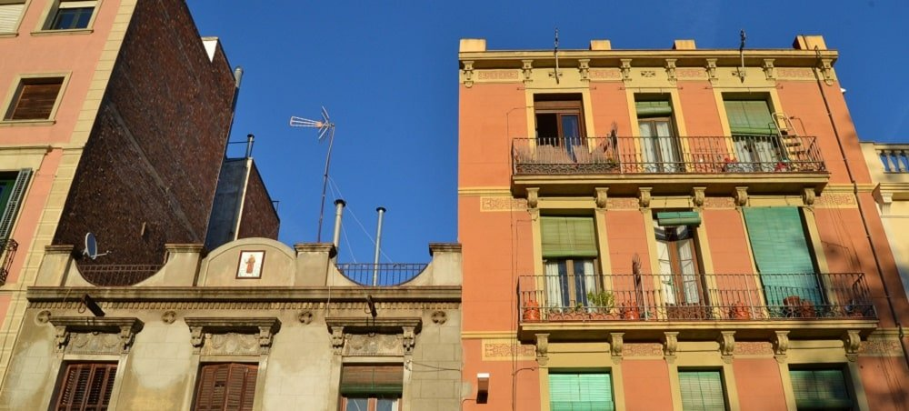 immobilier location barcelone illegal