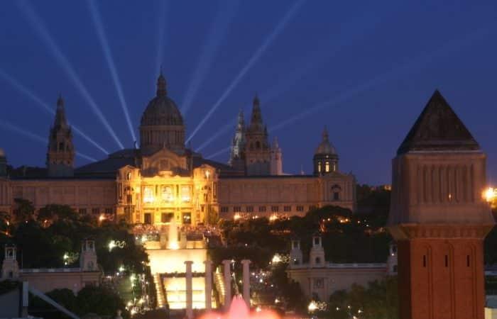 Entrée gratuite nocturne au Musée National d'Art de Catalogne