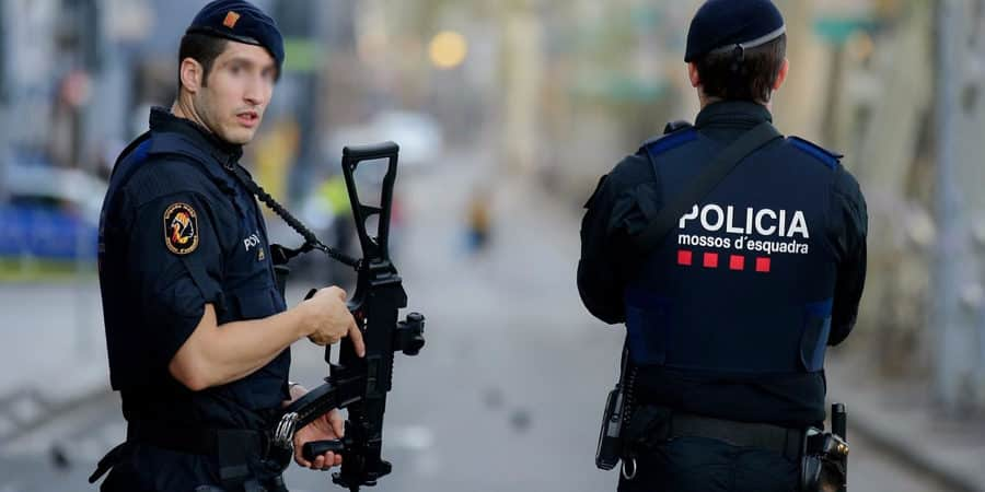 Tarn : un parachutiste de Castres arrêté à Barcelone avec des munitions