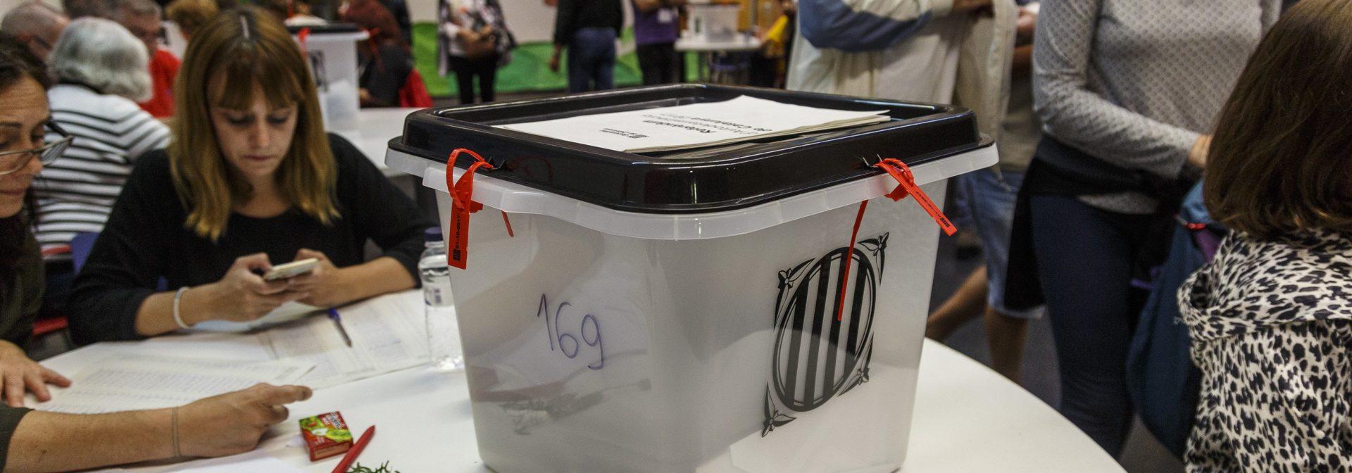 mesa-electoral-referendum-1-o-sergi-alcazar-03