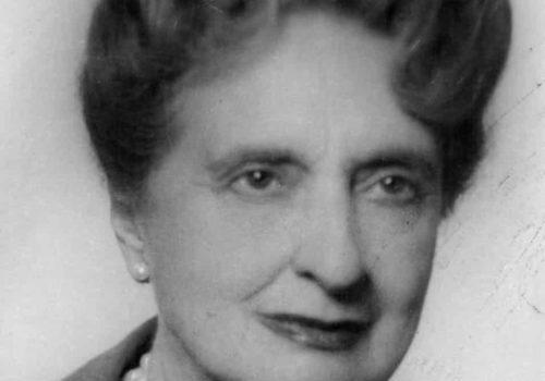 La première femme directrice du journal La Vanguardia