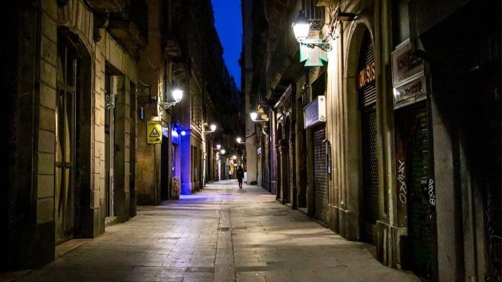 toc de queda catalunya barcelona1